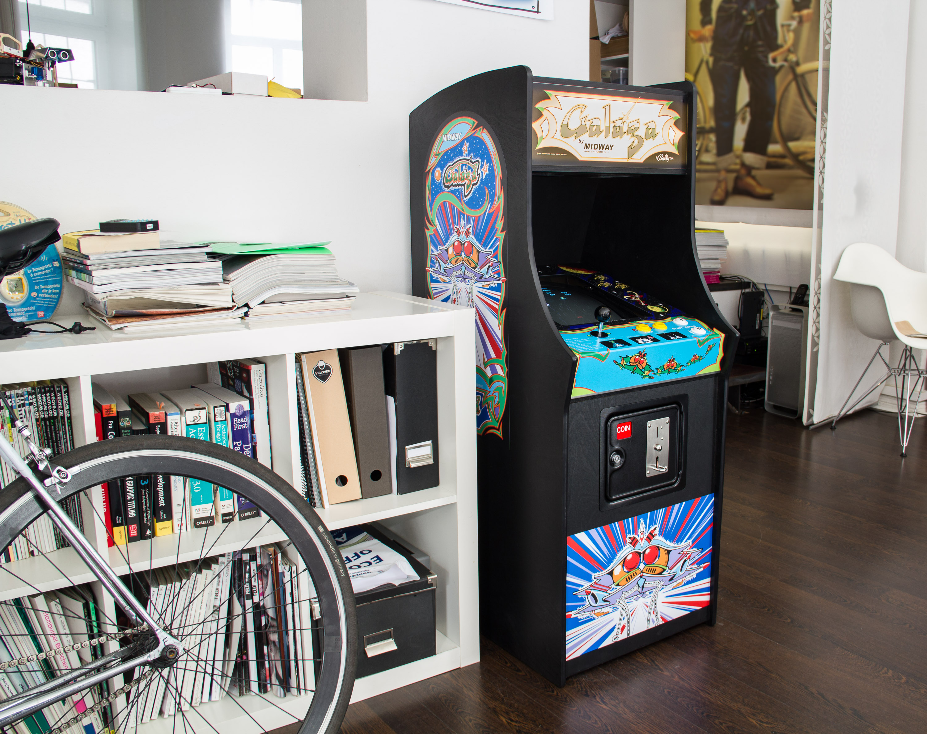 galaga arcade cabinet tinkerlog. Black Bedroom Furniture Sets. Home Design Ideas
